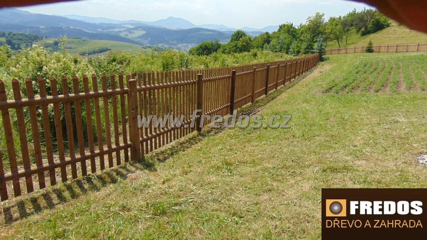 Montáž plotu svépomocí